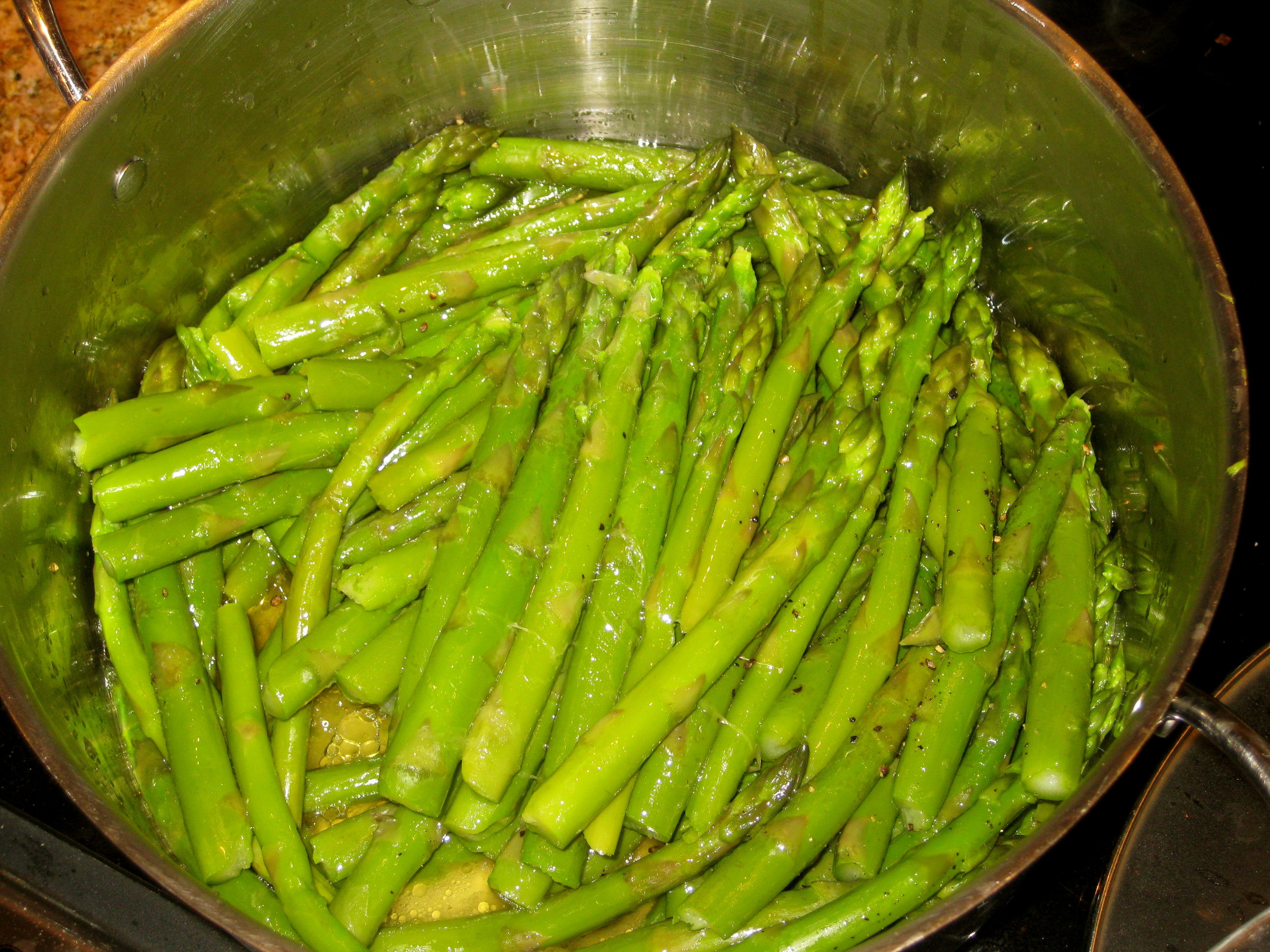 Cooking Asparagus Isn't Difficult And It Can Be Cooked In A Variety Of  Different Ways I Like Them Steamed Or Saut�ed But Most People Cook Them By  Boiling